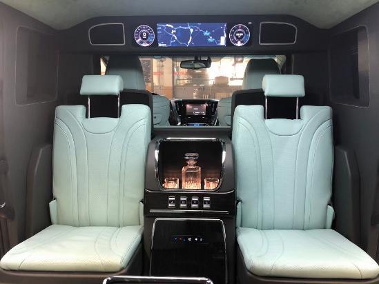 顶级加长MPV埃尔法5米7车长最新报价