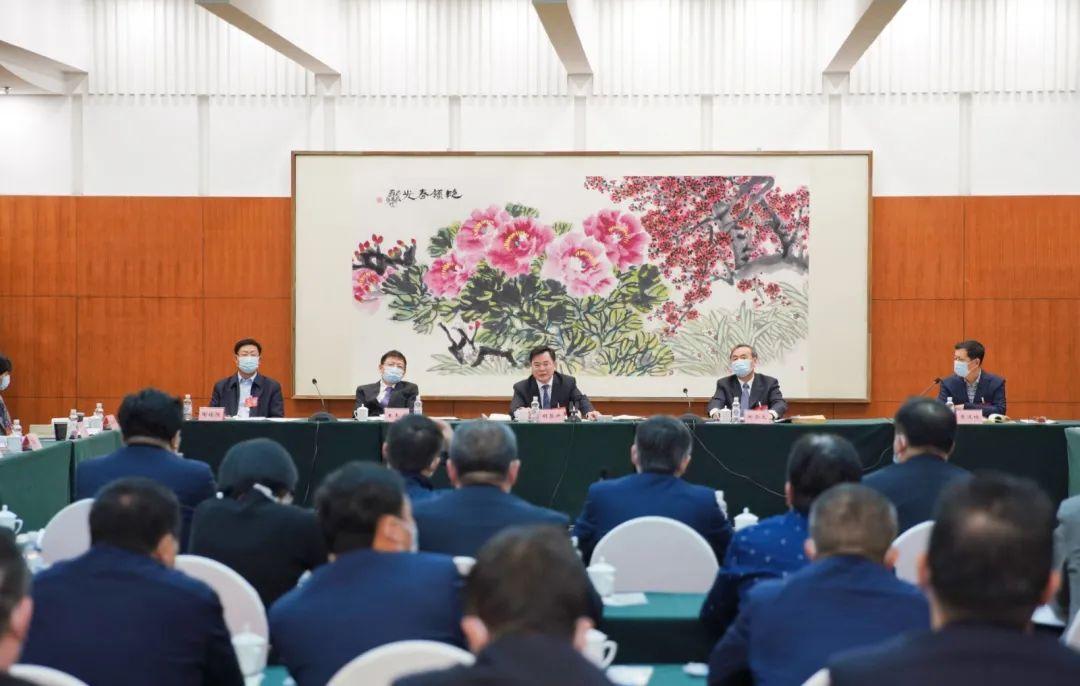 胡昌升参加省政协十二届四次会议联组会议并讲话