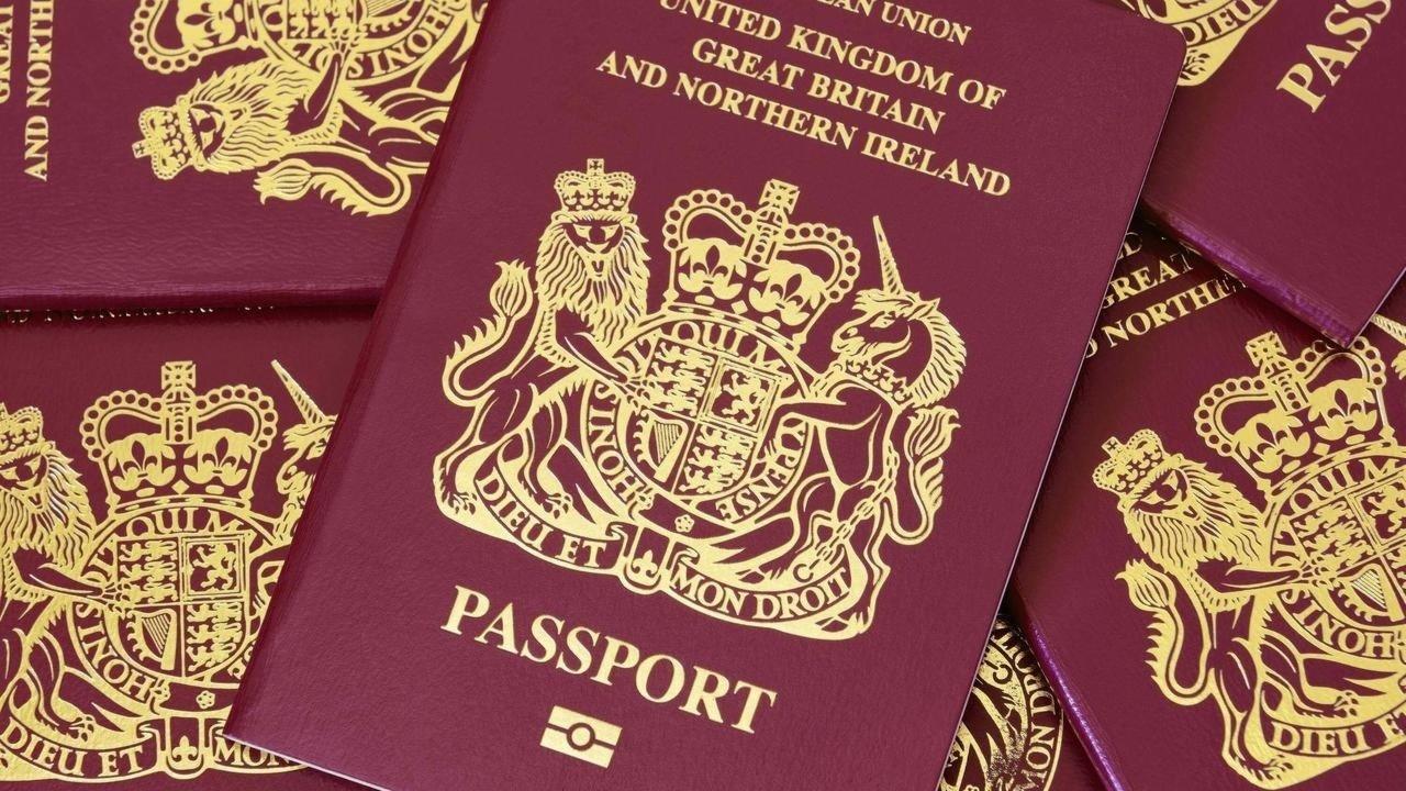 惊不惊喜?港媒:受蛊惑一些港人移民英国,发现现实残酷又想回来
