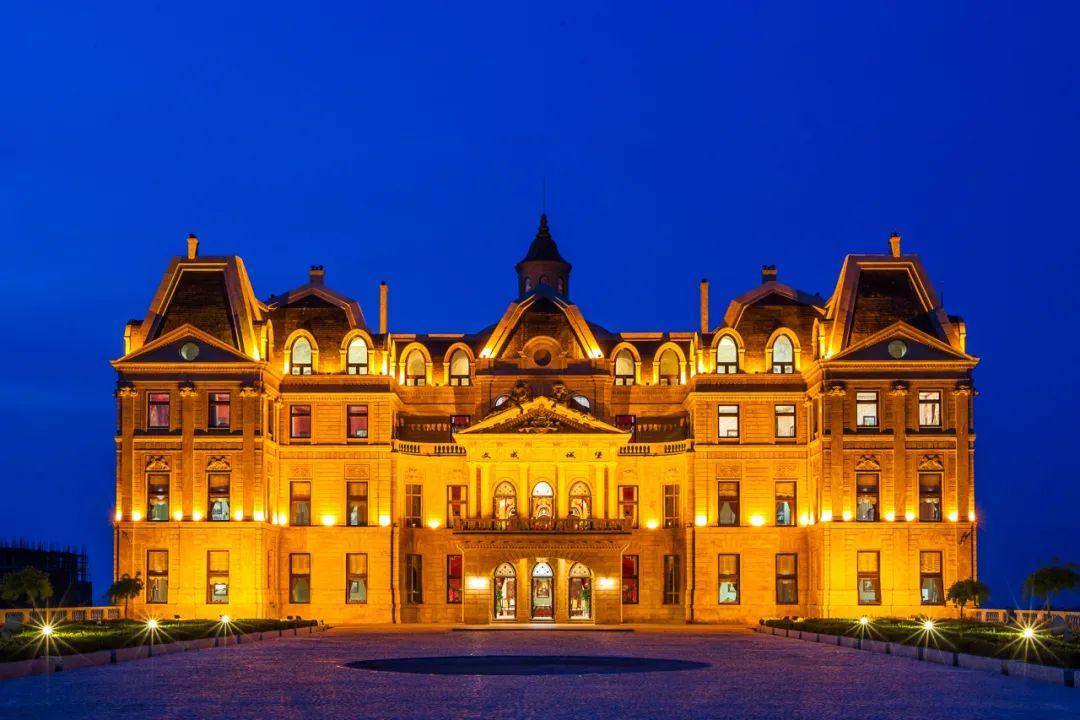 《西虹市首富》在烟台蓬莱的文成城堡取景拍摄