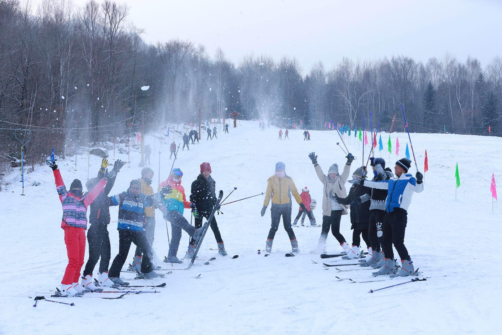伊春九峰山滑雪场