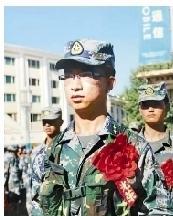 2009年陈红军在学校应征入伍