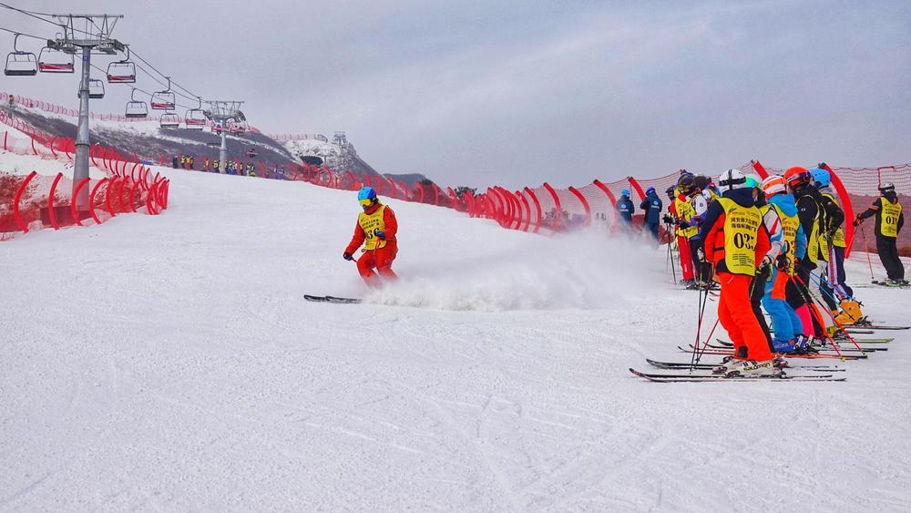 保定市涞源县七山滑雪场
