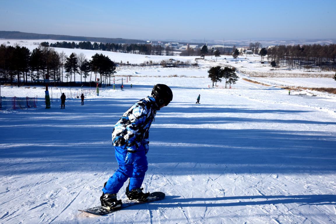 黑河孙吴亿龙滑雪旅游度假村