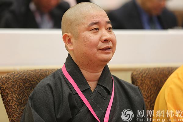 全国人大代表、中国佛教协会副会长则悟法师(图片来源:凤凰网佛教 摄影:妙传)