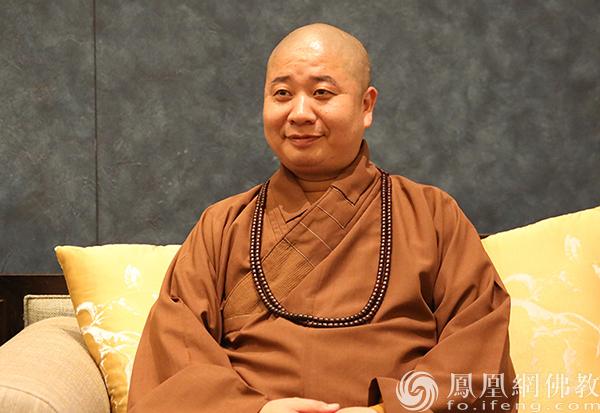 全国人大代表、中国佛教协会副会长则悟法师(图片来源:凤凰 网佛教)