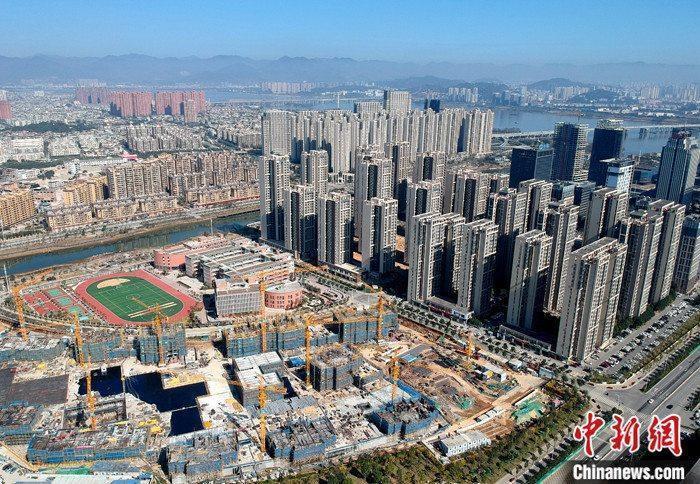 资料图:航拍一处新建住宅。 <a target='_blank' href='http://www.chinanews.com/'>中新社</a>记者 吕明 摄