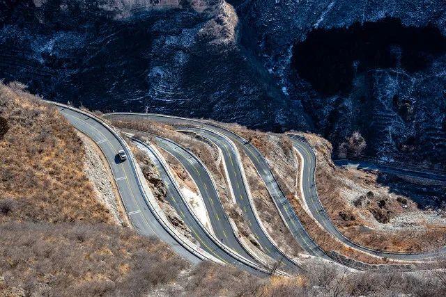 △北京红井路一度成为跑山人的热门山道/图虫创意