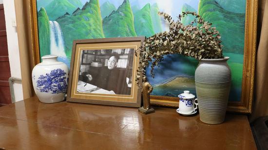 在李达故居 全国文明家庭获得者讲述中共一大故事