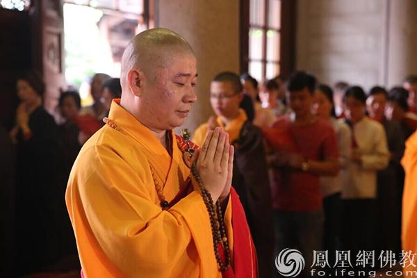 全国人大代表、中国佛教协会副会长则悟法师(图片来源:凤凰网佛教)