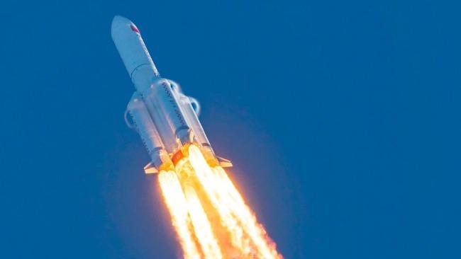 中国500吨级液氧煤油火箭发动机全工况半系统试车成功