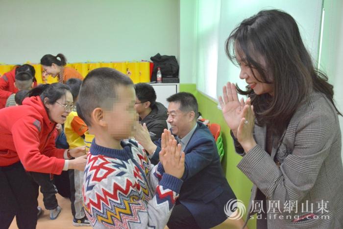 与爱同行 向阳而生丨关爱自闭症儿童爱心图书捐赠活动圆满举行