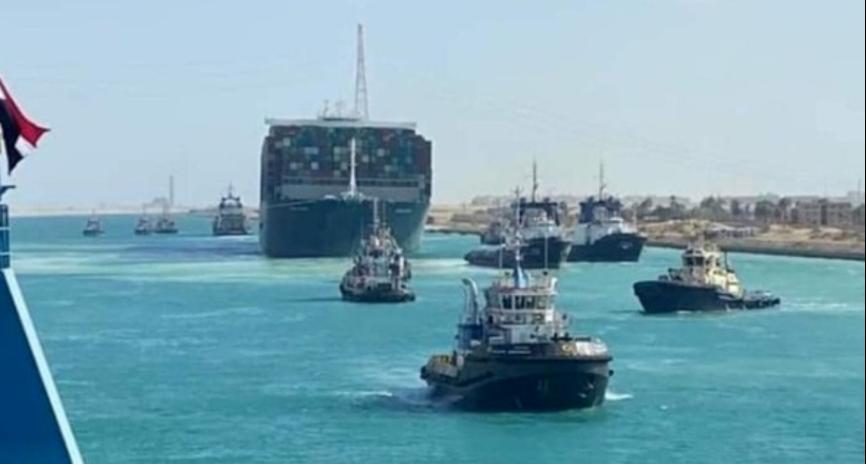 """苏伊士运河通航了,""""长赐号""""的麻烦才刚刚开始"""