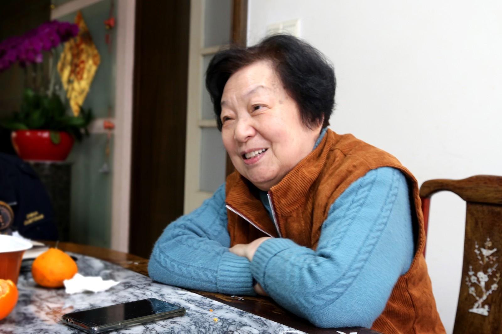 电视艺术家吴月英