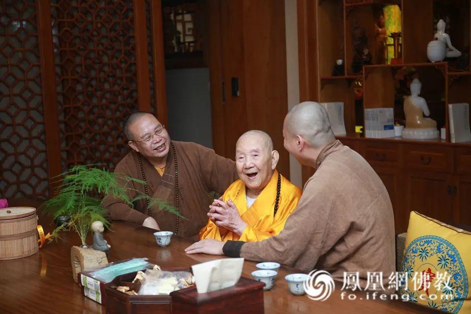 2019年9月2日,新成长老莅临广州市大佛寺。(图片来源:凤凰网佛教 摄影:李国坚)