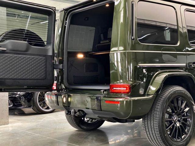奔驰G级40周年时光铭刻纪念版G400D现车实拍,省油才是王道