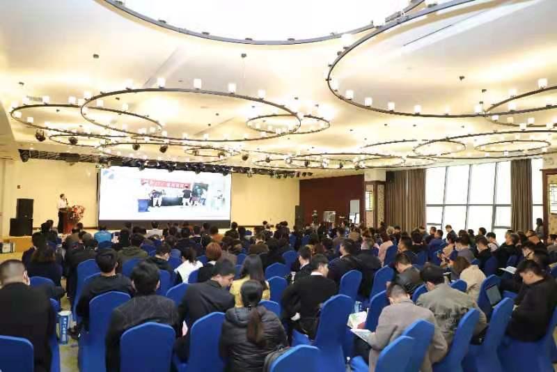 多方嘉宾莅临,权威解读数据智能产业发展 2021专家数智高峰论坛举办