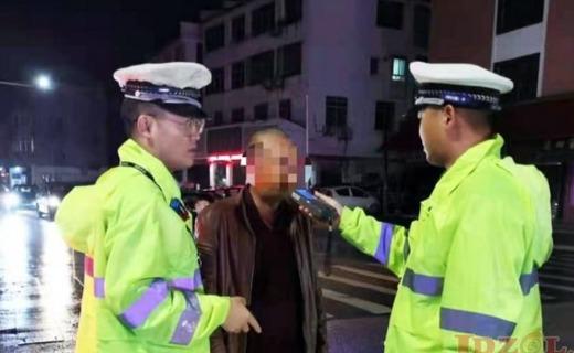 一错再错!景德镇一司机二次酒驾被浮梁交警查获!