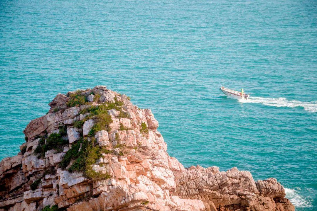 忘记鼓浪屿吧,这里才是中国最文艺的海景天堂