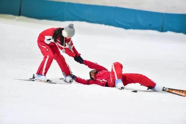 文成天鹅堡滑雪场