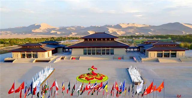 敦煌国际会展中心 杜雨林 摄
