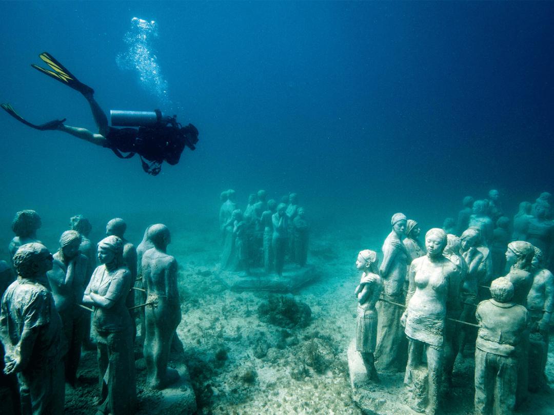 △水下的世界说不定比陆上更精彩/unsplash