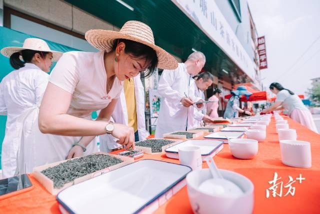 博罗山茶文化节现场