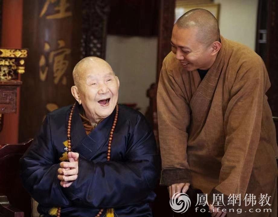 新成长老广州市海幢寺住持光秀法师(图片来源:凤凰网佛教)