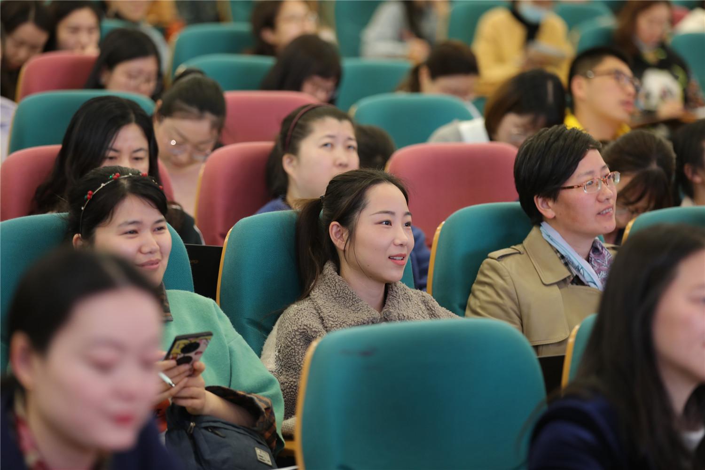 杭州市胜利小学:现场互动探寻生本课堂,解析内涵提升思维品质