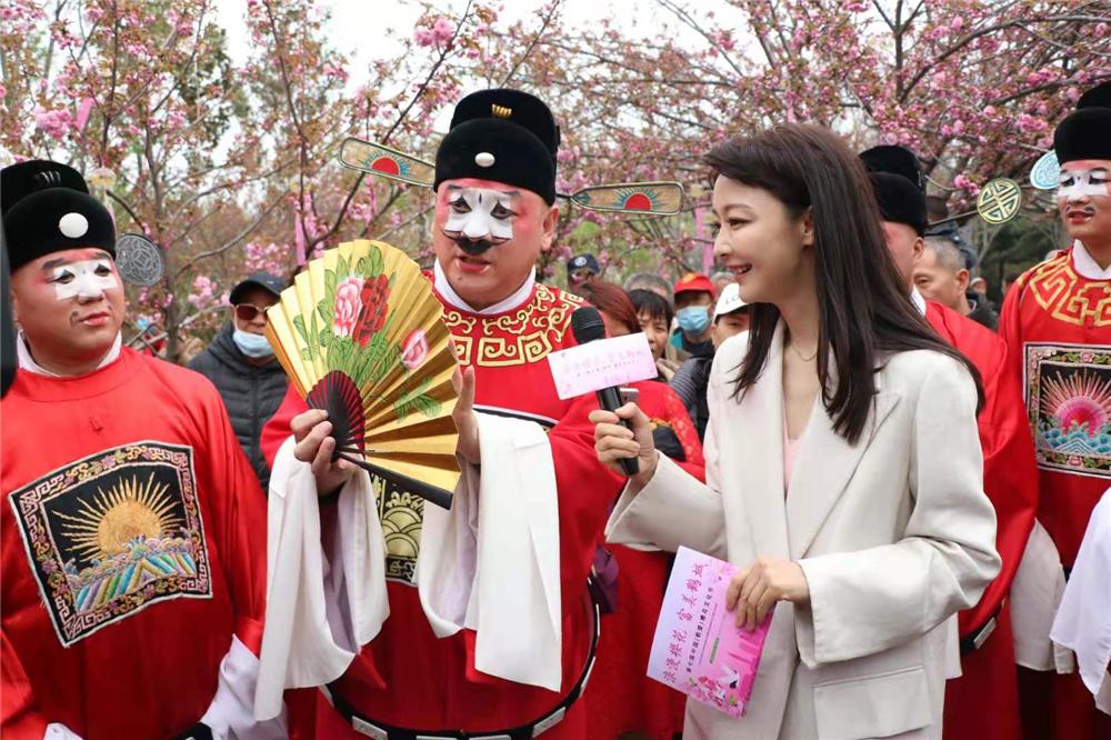 金不换介绍,把传统戏曲文化融合到樱花文化节是传统与现代的文化交流。