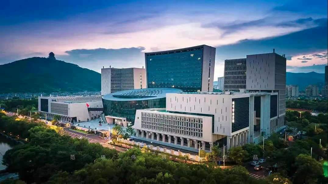 湖州市民服务中心 范晓伟 / 摄