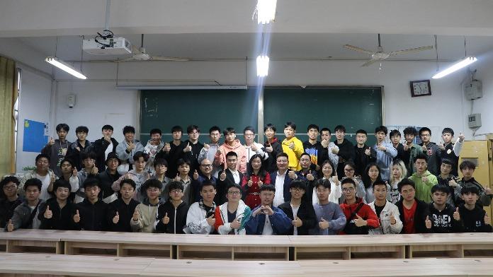 """学党史办实事 江西科技学院来了一批""""新班主任"""""""