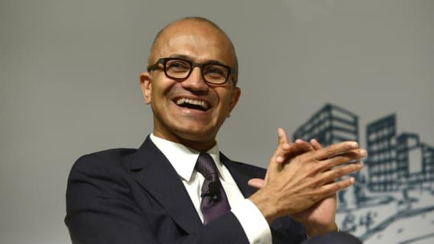 对手深陷反垄断漩涡,微软乘机大肆收购