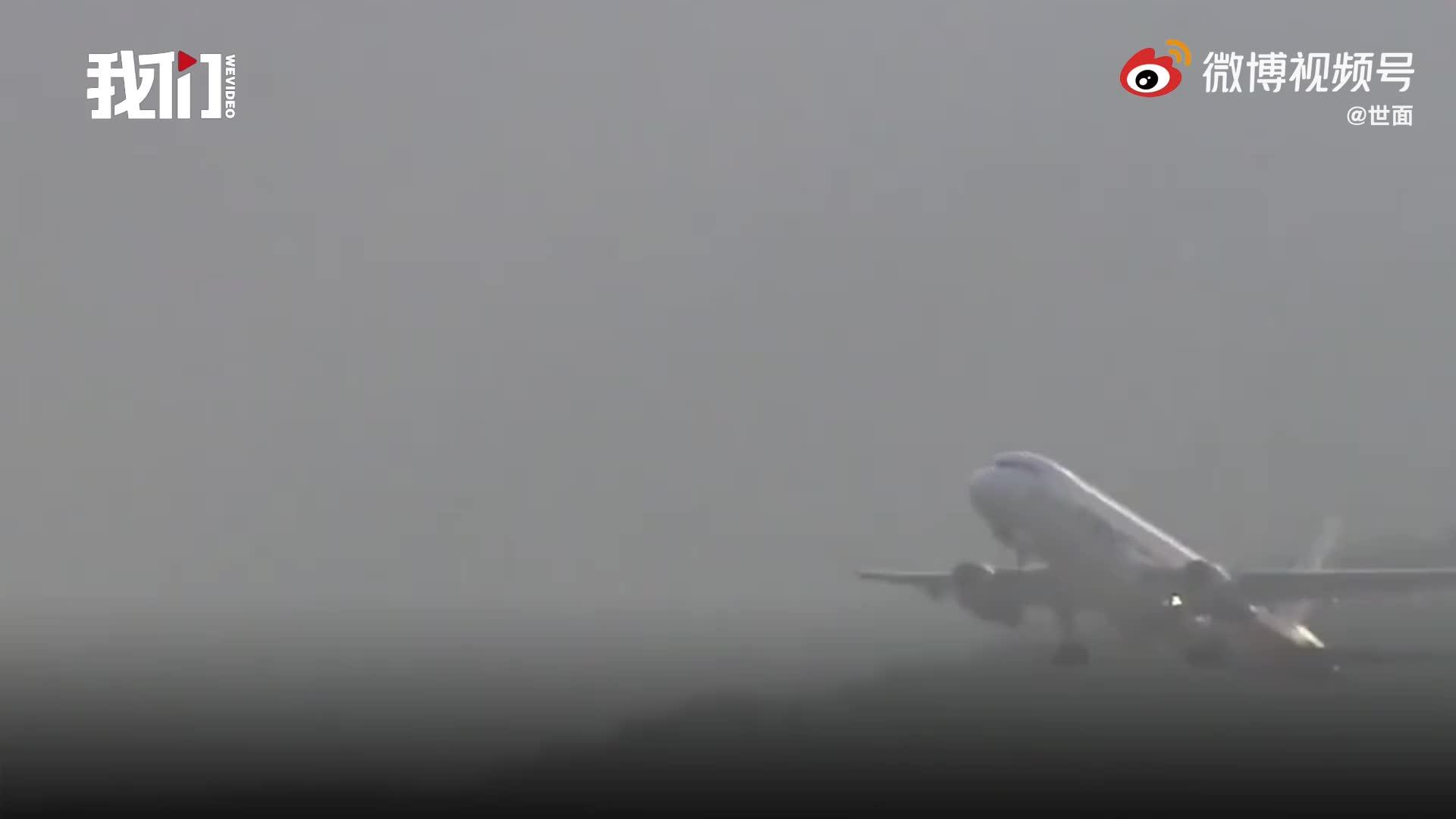 印度飞香港一航班机上53人确诊