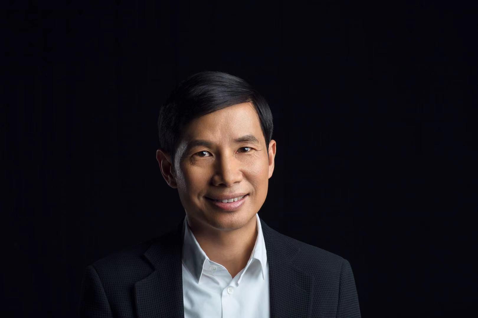 春华资本集团创始人、董事长胡祖六