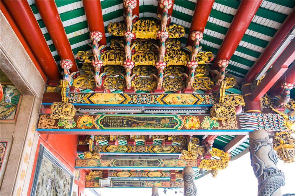 青龙古庙梁上木雕局部 本文图片均由 作者 提供