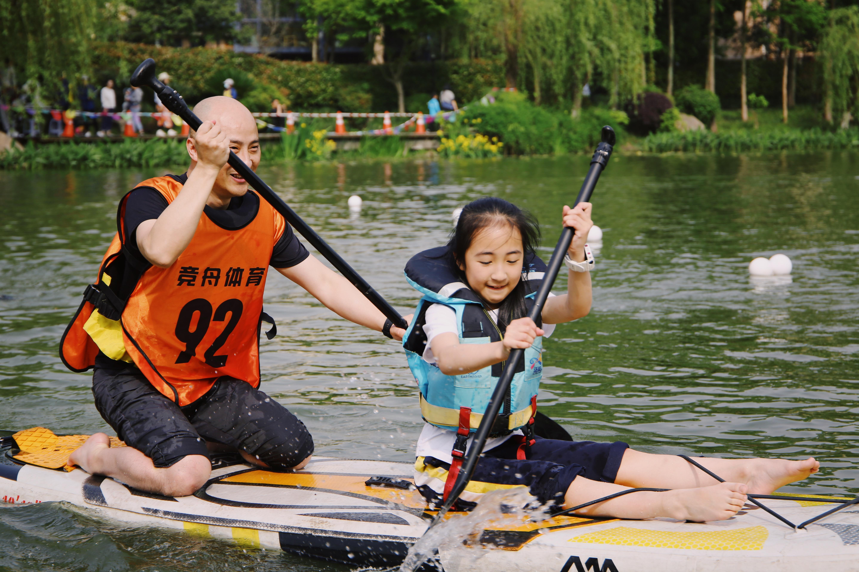 """维翰学校的皮划艇大赛又燃""""战火""""!运动员们不仅很""""皮""""还""""艇""""酷!"""