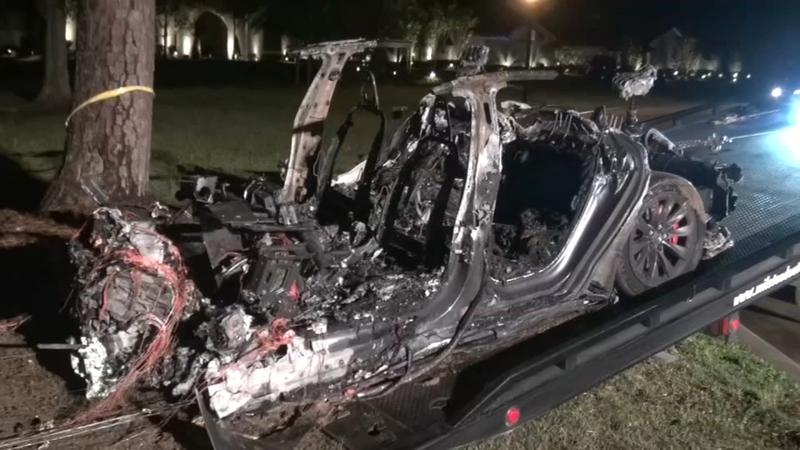特斯拉得州致命事故残骸
