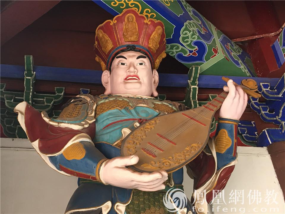 东方持国天王(图片来源:凤凰网佛教 摄影:闫秀勇)