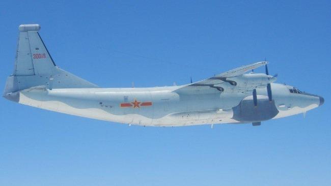 台媒:解放军一架运8技侦机19日下午进入台西南空域