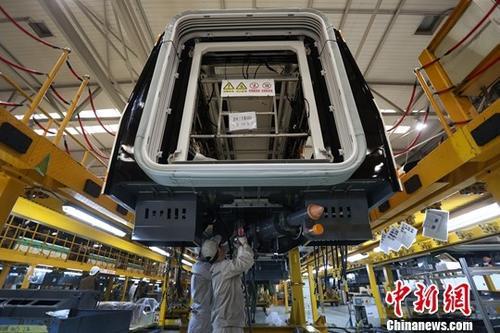 资料图:一家制造企业内的生产景象。<a target='_blank' href='http://www.chinanews.com/'>中新社</a>记者 泱波 摄