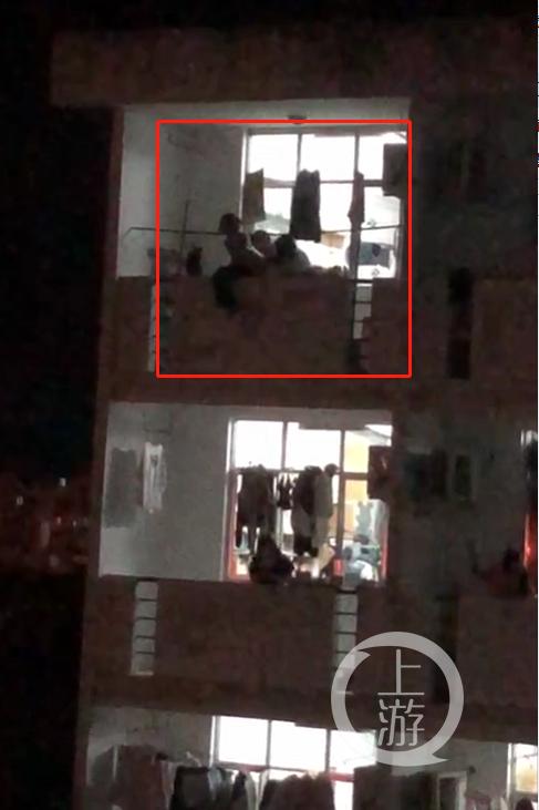 江苏盐城工学院女生被强奸后欲跳楼?校方:系谣言