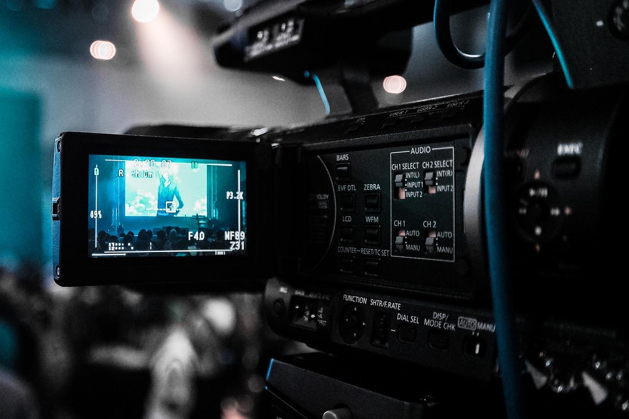 打击切条、搬运……短视频时代是否将终结?专家们这样说