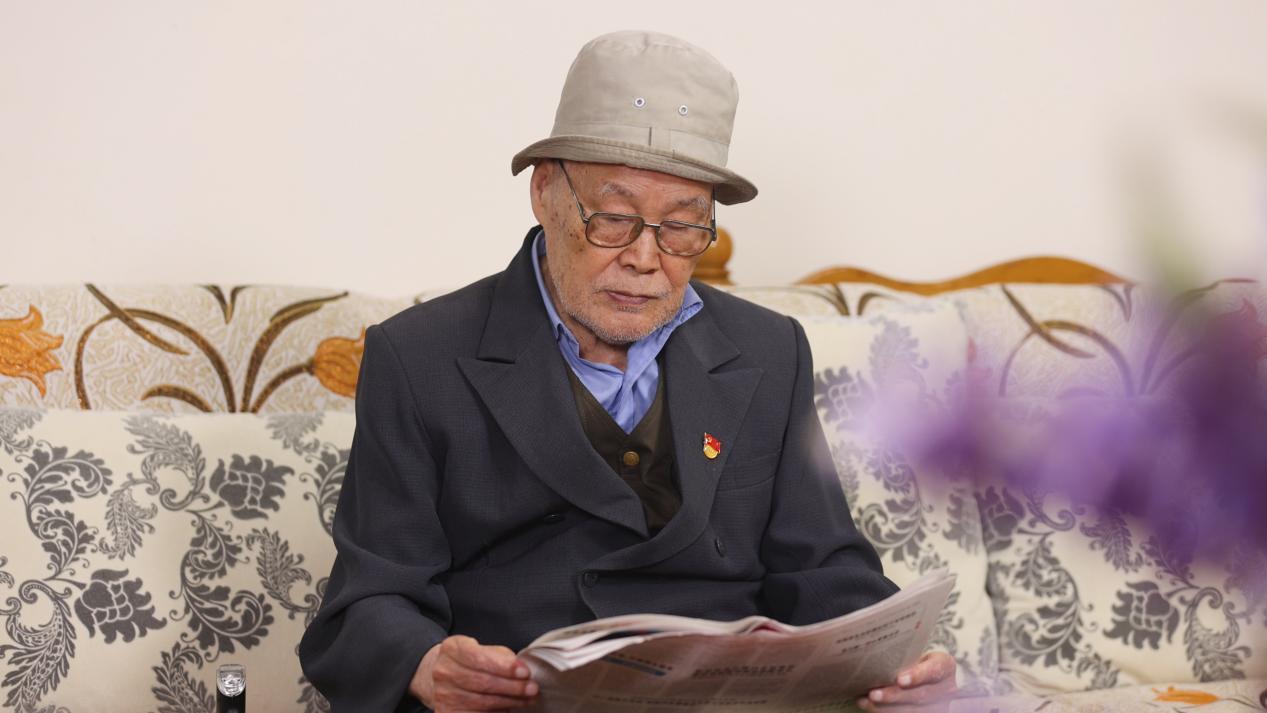 红星照我心 | 99岁老党员国存海的入党新申请