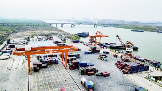 蚌埠港口 来源/蚌埠市人民政府网