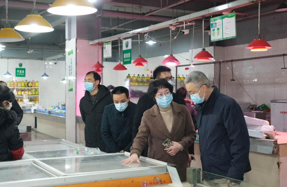 胡海峰赴青田县就冬春季疫情防控措施落实情况开展暗访检查 来源:丽水发布