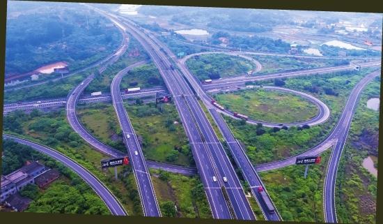 G60 沪昆高速湘潭段。资料图