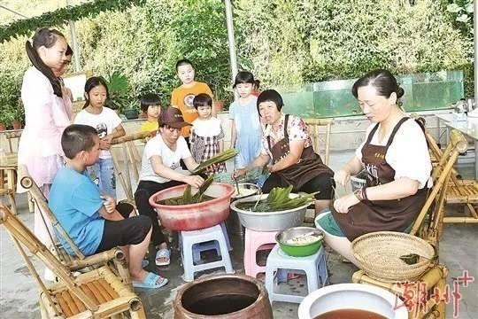 """潮州市""""2020网络中国节·端午""""直播活动在凤凰镇举行。图片来源:潮州+"""