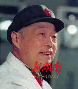 (中国巨型计算机之父——慈云桂。资料图片)