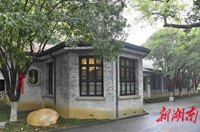 (4月6日,韶山市韶山宾馆故园一号楼,1959年6月,毛泽东曾下榻于此。 湖南日报·华声在线记者 童迪 摄)